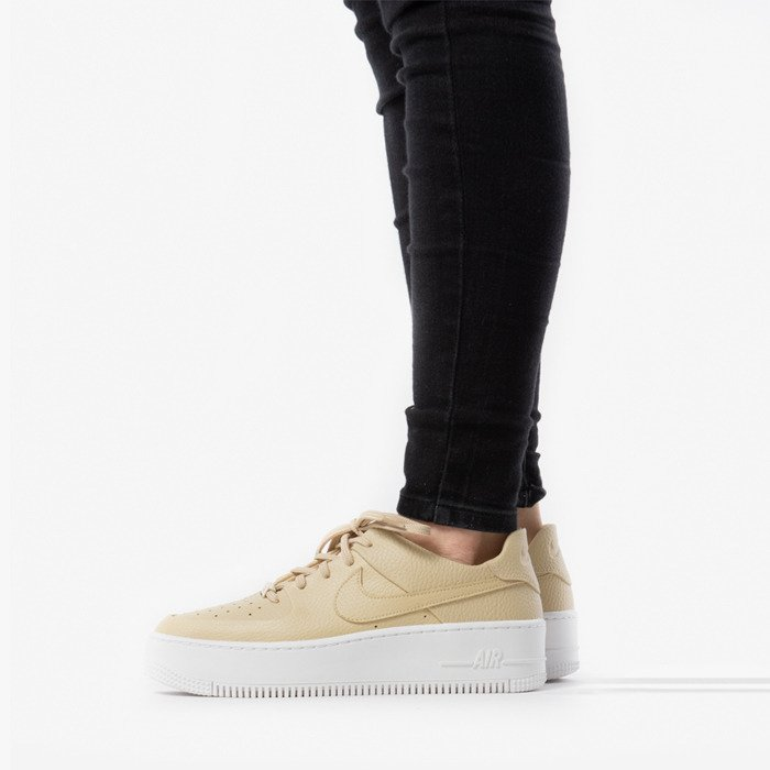 Nike Wmns Air Force 1 Sage Low AR5339 202