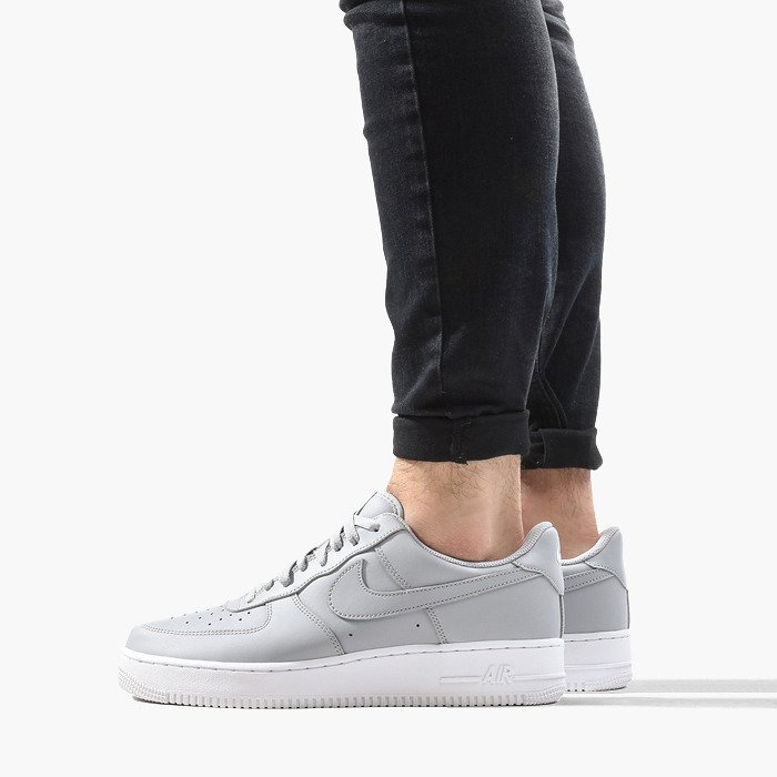 Nike Air Force 1 07 AA4083 010
