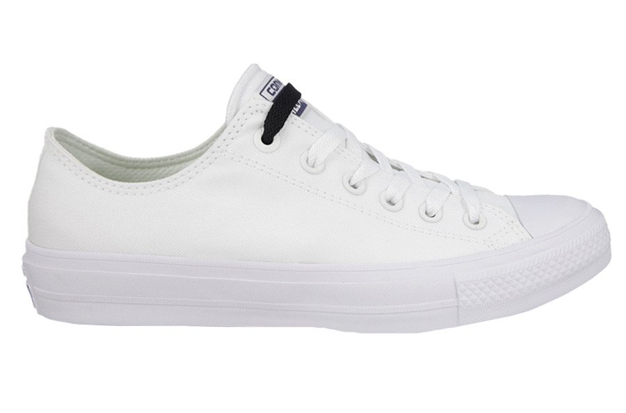 216d0bc733 ... Dámske topánky sneakers Converse Chuck Taylor All Star II OX 150154C ...