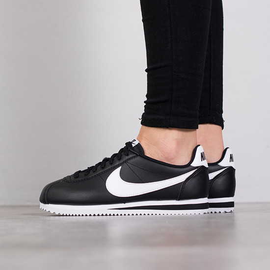 Dámske topánky sneakers Nike Wmns Classic Cortez Leather 807471 010
